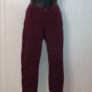 Lauren Conrad maroon skinny Capri pants